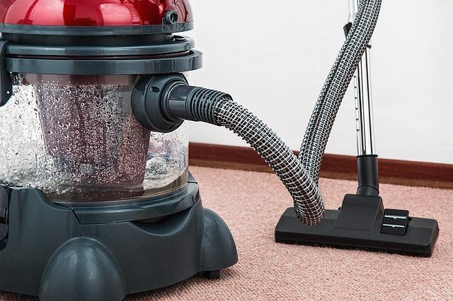 vacuum-cleaner-657719_640